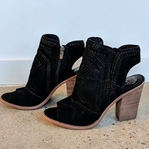 Vince Camuto Suede Open Toe Ankle Booties 💖 Black
